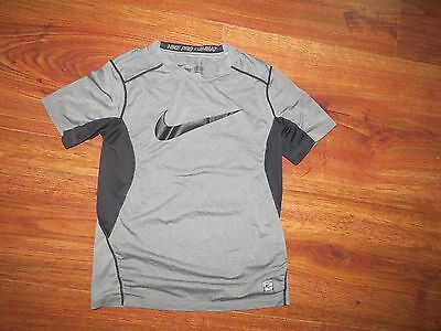 Boys NIKE PRO COMBAT Fitted Dri Fit Gray Shirt Size M