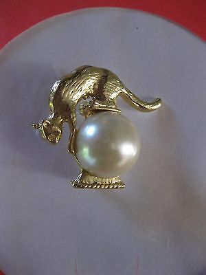 Cat On Pearl Like Ball Brooch Gold Tone  New