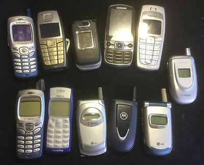 Vintage Lot of 10 Cell phones Clam Shell Nokia Samsung Qualcomm