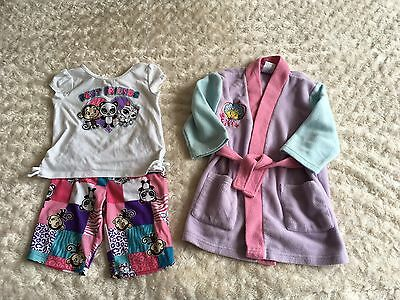 Girls Lovely Pyjamas / Pjs And Dressing Gown Age 18-24 Months