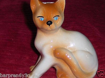 Vtg Siamese Cat Figurine Brown White Calico Kitten Blue Eyed Art Pottery Kitty