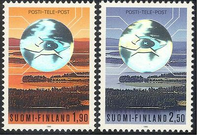 Finland 1990 Post/Mail/Communication/Telecomms/Hologram/Holograph 2v set (b735b)