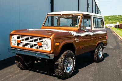 1977 Ford Bronco 2-Door 1977 Ford Bronco 4×4, Very Clean, New Tires and Wheels!