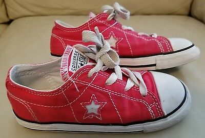 Kids Red and White Converse Lace Up with Stars Size 11