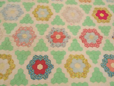 Vintage Antique 1930 DISTRESSED FEEDSACK GRANDMOTHERS FLOWER GARDEN Quilt 65X78