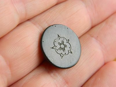 Post Medieval / Tudor Rose pewter tunic button Naval ? Metal detecting detector