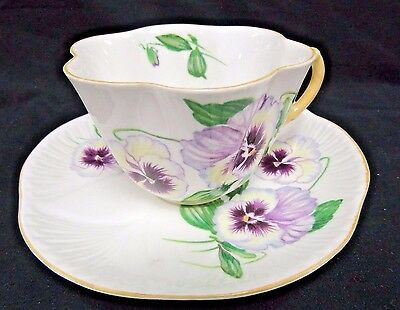 "Shelley Bone China Tea Cup & Saucer ""Pansy"" 13823 Dainty Shape Y264"