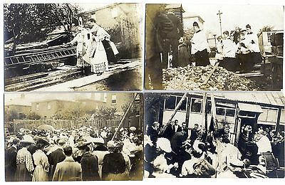 tp2502 - Unknown location of a Religious event - 4 postcards.