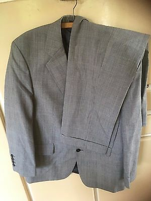 """Vintage Mr Harry Grey Houndstooth Check Suit Chest 42"""" W 36"""" L 29"""" Turn ups"""