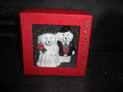 Mr. & Mrs. SantaBear 2000 Figurine