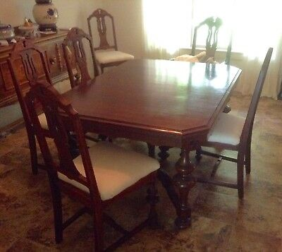 "Vintage Dining Room Table And 6 Chairs ; Two 18"" Leaves"