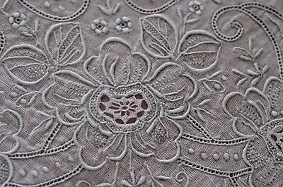 Spectacular Vintage Hand Embroidered Linen Wedding Hanky Ss975