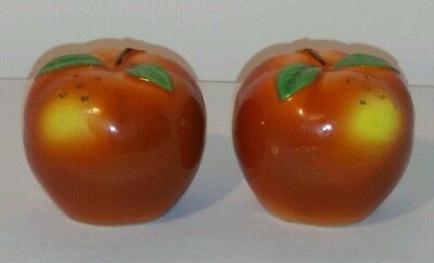 Vintage Whole Apple Salt And Pepper Shakers Made In Japan