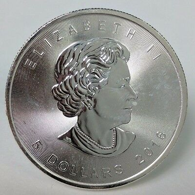 2016 1 Troy oz .9999 Fine Silver Bullion Canadian Maple Leaf $5 circulated