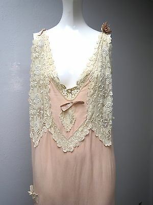 Art Deco 1930s Heavy Weight PURE SILK Peach Colored LARGE SIZE Nightgown Lace