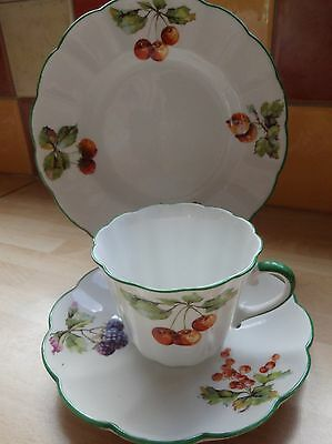 "Vintage Hand Painted  Tuscan Fine Bone China  Trio ""fruits"" 8363"