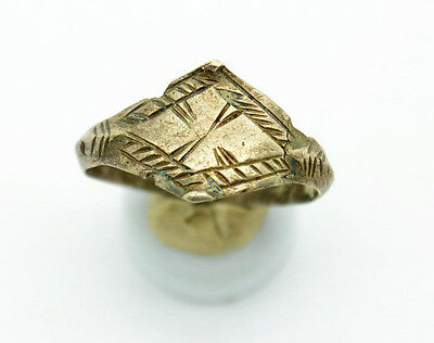Medieval Viking Period Silver Ring with drawing
