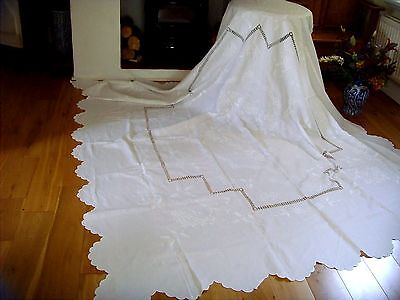 Stunning X Large Victorian Hand Embroidered Whitework Linen Tablecloth Bedspread