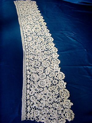 """Antique Lovely Length Of English Honiton Lace 33"""" X 6"""""""
