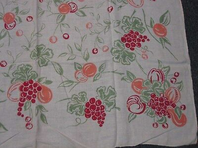 """VINTAGE WHITE LINEN TABLECLOTH with PINK RED GRAPES FRUIT 52"""" SQUARE"""