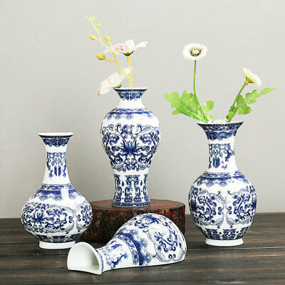Wall Mounted Traditional Chinese Blue And White Porcelain Vases Painted Ceramic