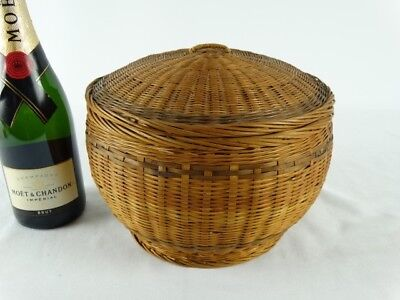 Old Chinese Wicker Ware Basketry Pot  Egg basket with recessed Lid China c1970s