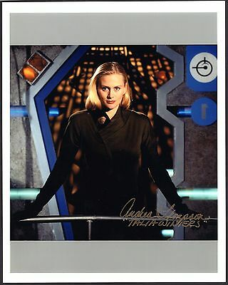 Andrea Thompson signed 8x10 Babylon 5 photo / autograph Talia Winters