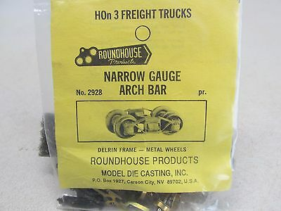 Hon3 Scale~ Roundhouse Narrow Gauge Freight Trucks With Pick-Up Shoes ~ Lot K