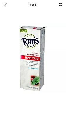 Sensitive Toothpaste, Fluoride-Free, Wintermint, 4 oz (113 g) - Tom's of Maine