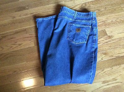 Mens CARHARTT Jeans size 48 x 30 Relaxed Fit