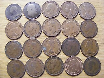 A Collection of 20 Half Penny Coins - 1896 - 1967 -