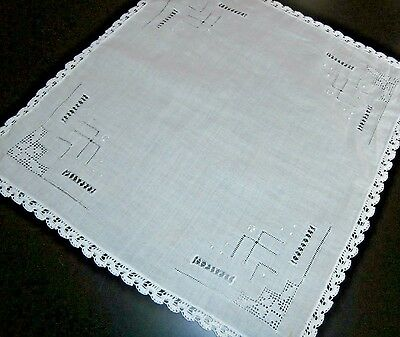 Stunning Vintage White Cotton Ladies Handkerchief~Embroidery & Lace~Bride Gift