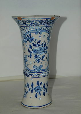ANTIQUE BLUE & WHITE TIN GLAZED VASE WITH HAND-PAINTED DECORATION Faience; Delft