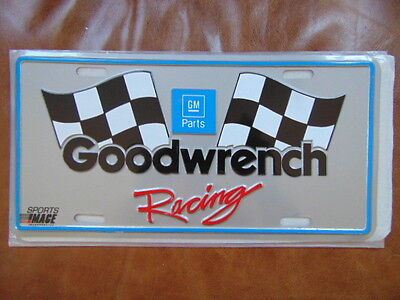 Vintage GM Parts GOODWRENCH RACING Metal Novelty License Plate NOS