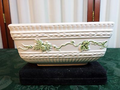 Beautiful Vintage Brody Royal Heritage Grape Designed Footed Square Bowl