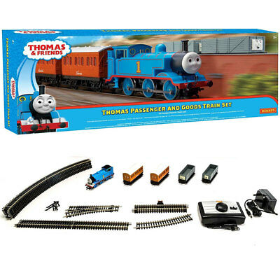 HORNBY Set R9285 Thomas Passenger and Goods - Thomas & Friends Train Set