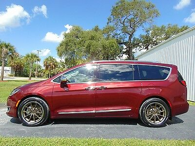 """2017 Chrysler Pacifica LIMITED W/ THEATER PKG 2017 """"LIMITED"""" EVERY OPTION - ONLY 1,900 MILES - THEATER PKG - ADVANCED SAFETY"""