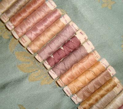 21 BEAUTIFUL LITTLE VINTAGE SILKY EMBROIDERY COTTON WRAPS, c1940s