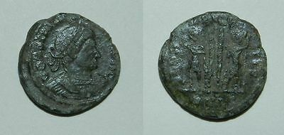 ANCIENT ROME :  BRONZE COIN - 4th Century A.D.  CONSTANTINE