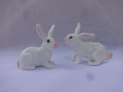 Vintage Miniature Porcelain Bunny Rabbits Set Of 2