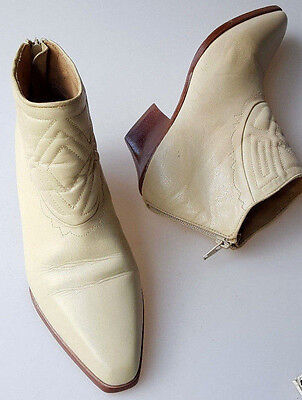 Vintage 1990s ankle boots 7.5 M cream leather quilted detail Franco Sarto