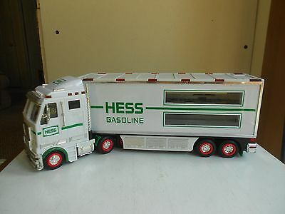 2003 HESS GASOLINE Toy SEMI TRUCK  Battery Operated Lights Up