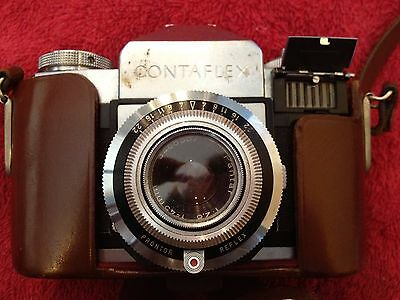 Vintage Contaflex Zeiss Ikon with Tessar Lens SLR Camera WITH CASE
