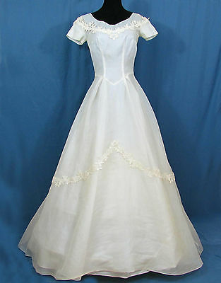 1950s Organdy Wedding dress by Harolds - Off-white organdy, lace - full skirt