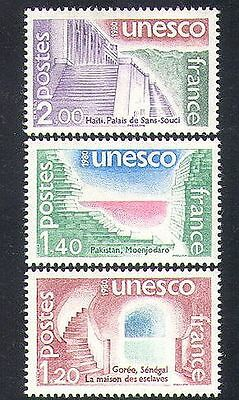 France (UNESCO) 1980 Palace/Dungeons/Slavery/Buildings/Architecture 3v (n37639)