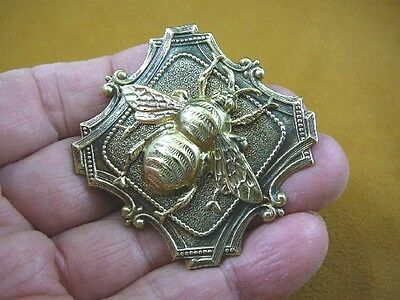 (b-bee-164) large Bee bumble bees insect on square scrolled brass pin pendant