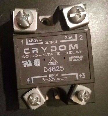 CRYDOM D4825 Solid State Relay Lot of 5