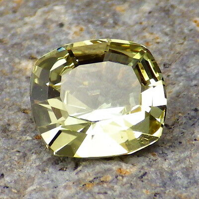 APATITE-MEXICO 2.50Ct FLAWLESS-NATURAL INTENSE YELLOW GREEN COLOR-FOR JEWELRY!