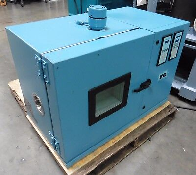C142563 Thermotron S-1.2C Environmental Test Chamber, 2800 Programmer/Controller