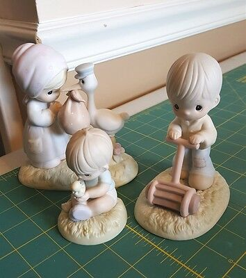 Enesco Precious Moments Lot Of 3 Figurines Joy On Arrival, Mow Power, Miracles